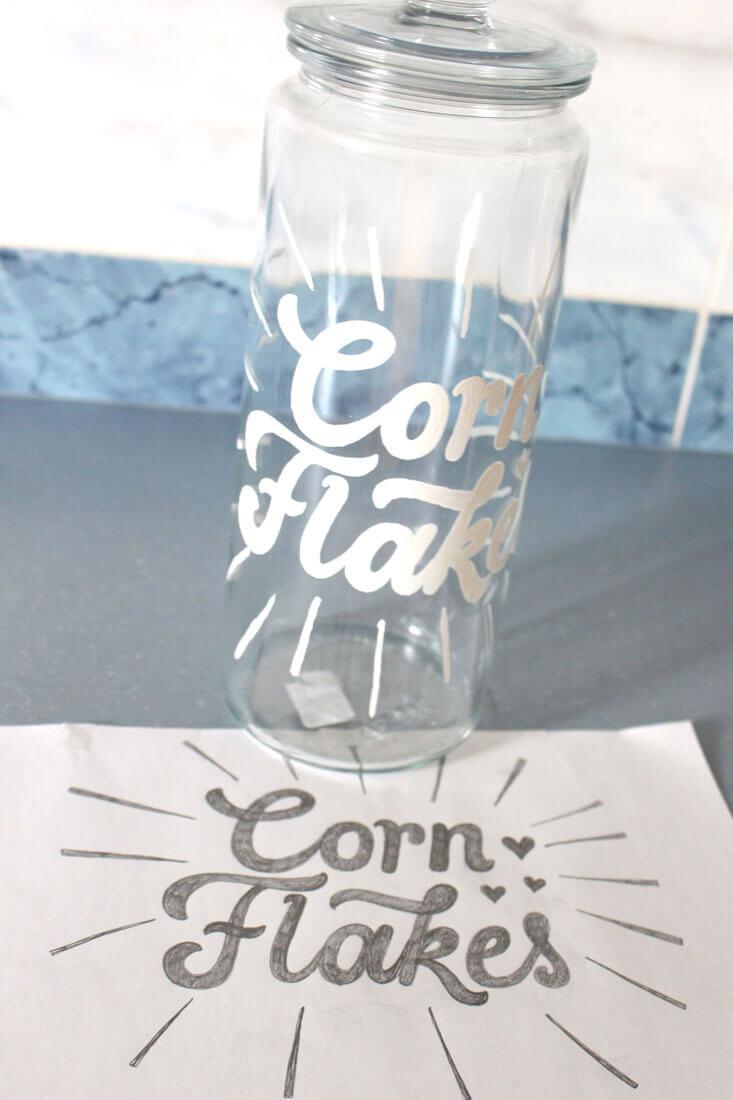 CalliLetters-Lettering-Auf-Glas-Cornflakes